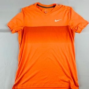 Gently Used - Roger Federer tennis shirt